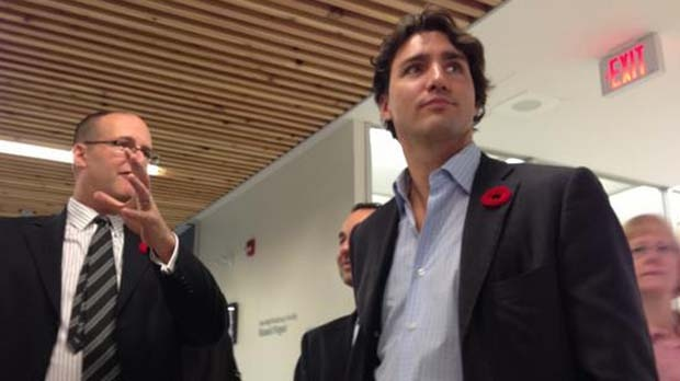 Liberal MP Justin Trudeau visits a Toronto school Tuesday, Nov. 6, 2012. (Colin D'Mello/CTV)