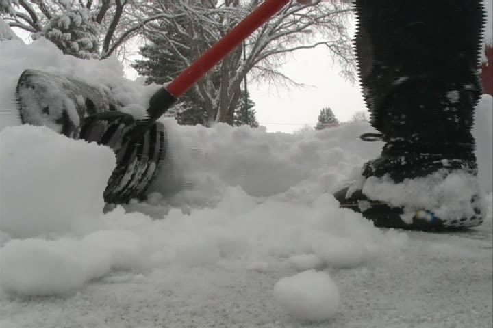 Failing to shovel your sidewalk in Saskatoon could soon result in a $75 fine.