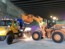 Crews prepare for winter storm in GTA