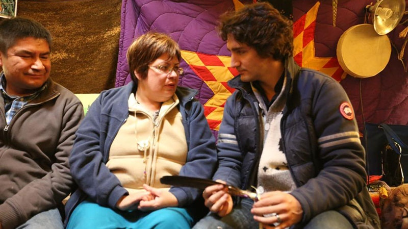 MP Justin Trudeau tweeted this photo of his meeting with Attawapiskat Chief Theresa Spence on Wednesday, Dec. 26, 2012.