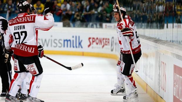 Team Canada's Ryan Smyth