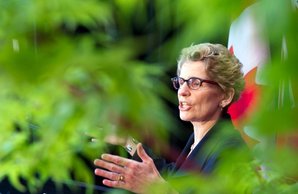 Ontario Premier Kathleen Wynne speaks in Toronto on April 4, 2013. (Frank Gunn/THE CANADIAN PRESS)