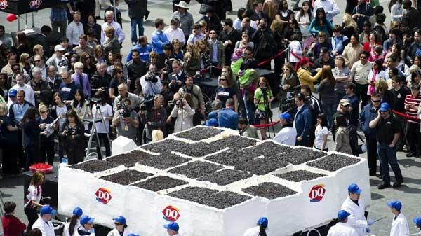 Dq Lets Them Eat Cake Breaks World Record Ctv Toronto News