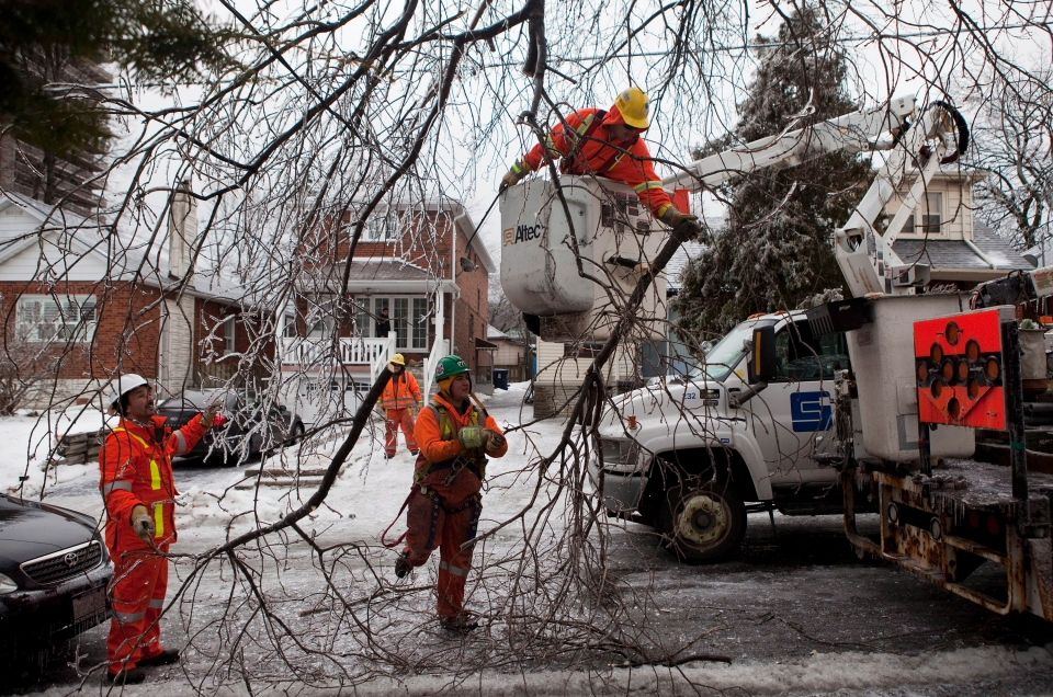<b>150 Photos: Ice storm causes extensive damage </b>