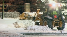 Snow falls overnight in Toronto