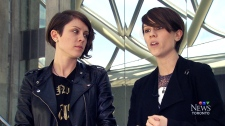 Tegan Quin and Sara Quin give back to fans