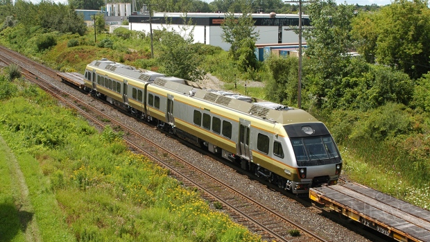 Union-Pearson Express train