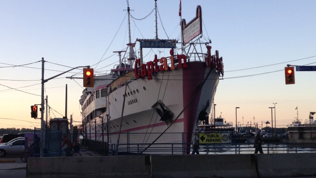 Captain John's Restaurant floats in the Toronto harbour on Thursday, Aug. 28, 2014. (George Stamou / CTV News)