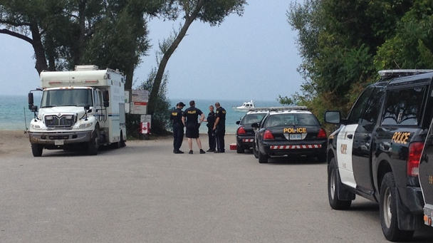 Rescue crews searching Lake Huron for a man reported missing on Sunday, August 31, 2014. (Nadia Matos)
