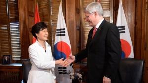 Harper meets with Korea's president