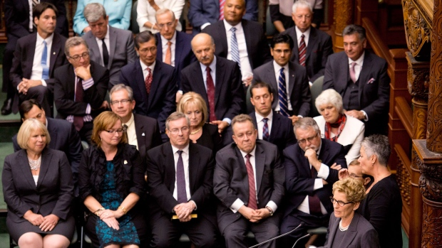 majority liberal government takes helm as ontario