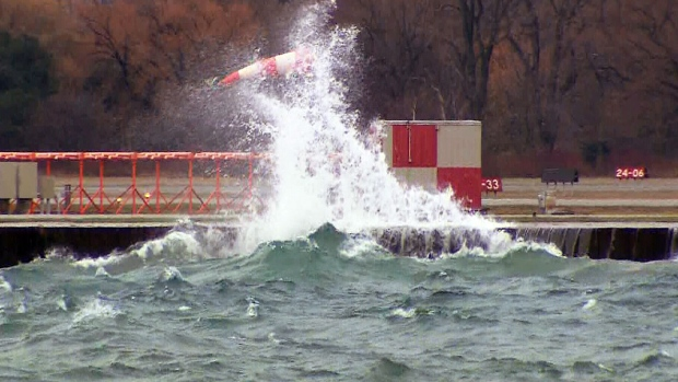 Strong winds knock out power to thousands across southern ...