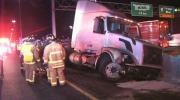 CTV Toronto: Crash closes QEW lanes in Oakville