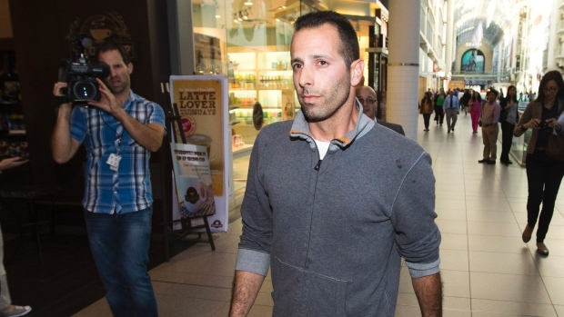 Judge withdraws extortion charge against Sandro Lisi; Rob ...