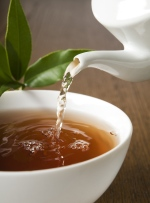 As part of a bedtime ritual, herbal tea can help prepare the mind and body for sleep. (DUSAN ZIDAR/shutterstock)
