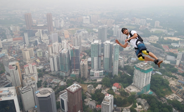 2009 skyway bridge jumpers