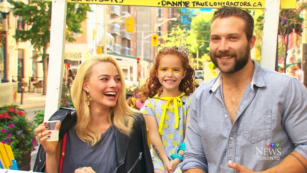 Cast of Suicide Squad visit girl's lemonade stand
