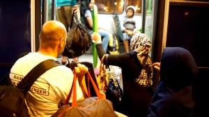 Migrants head to Austria
