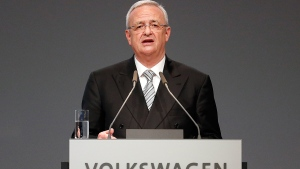 Volkswagen CEO Martin Winterkorn addresses the shareholders during the annual shareholder meeting of the car manufacturer Volkswagen in Hannover, Germany, Tuesday, May 5, 2015. (AP / Frank Augstein)
