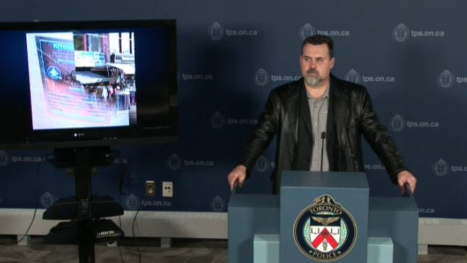 how to get a police certificate in toronto