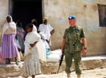 A Canadian United Nations peacekeeper stands Monday Feb. 13, 2001, in the Temporary Security Zone (TSZ) in the town of Senafe, Eritrea.(AP / Eyob Alemayexu)