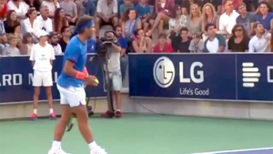 Rafael Nadal stops game to help find missing girl