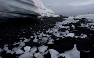 In this Jan. 26, 2015 photo, pieces of thawing ice are scattered along the beachshore at Punta Hanna, Livingston Island, in the Antarctica. (AP / Natacha Pisarenko)